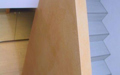 Treppen-Trennwand als Geländer